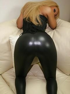 Big Ass Latex Pics